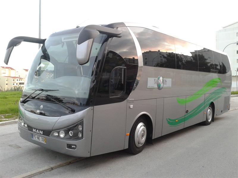 Autocarro de 35 e 40 lugares
